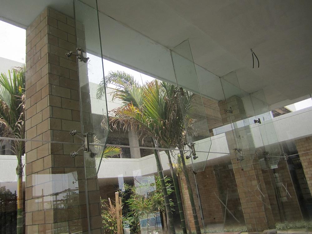 Glass Spider Glazing